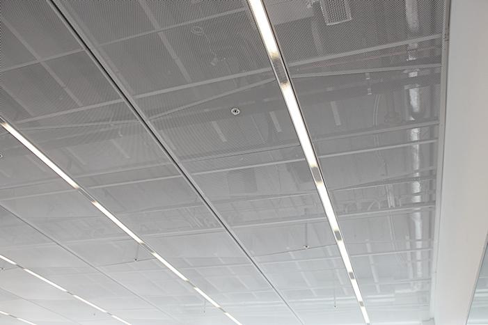 Innertak i metall och dolt bärverk